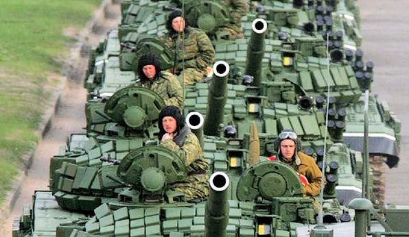 dit zijn geen, ik herhaal, geen russische troepen. dit is een als militairen vermomd hulpkonvooi