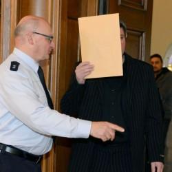 Mustafa Y. vor dem Landgericht Rottweil: Vermindert schuldfähig wegen Fastens Foto: picture alliance/dpa