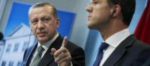 als je je bek niet houdt laat ik mijn moskeeën kazernes mijn Turkse onderdanen in jouw landje het bevel geven om dat kikkerlandje in de hens te steken
