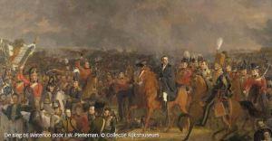 misschien heeft die fransoos de pest in dat ze ooit de slag bij waterloo verloren hebben en ziet die Napoleon als een brenger van Europese eenheid.